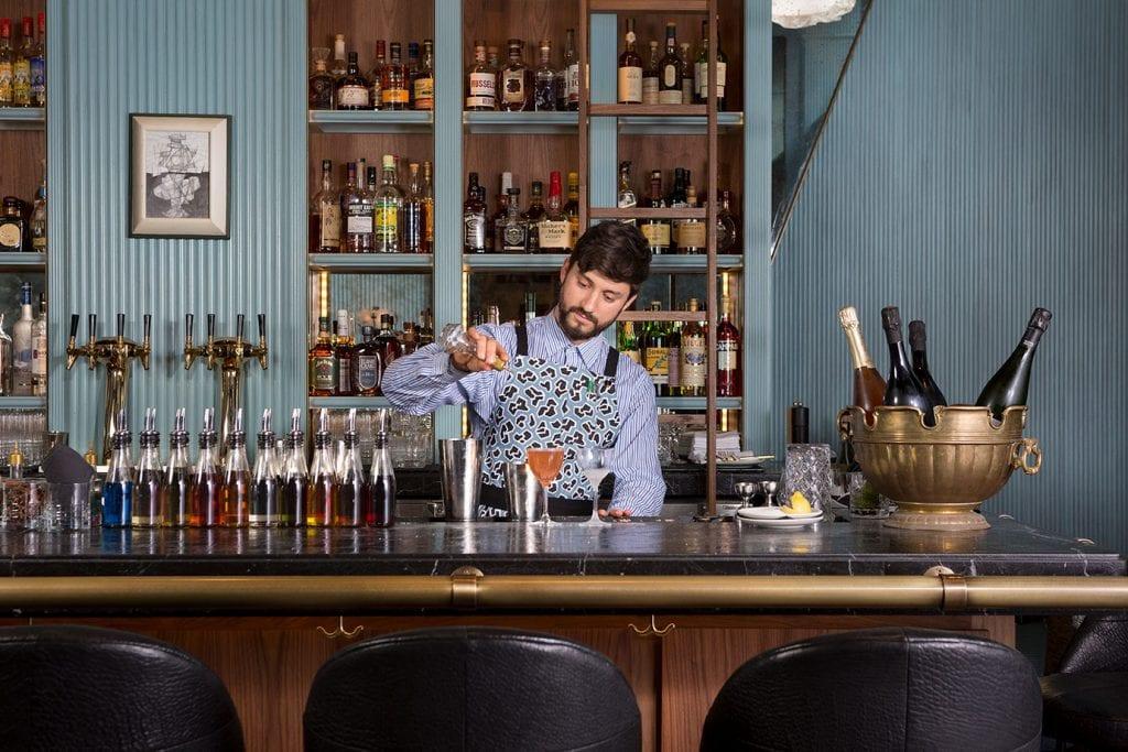 bartender at Villon San Francisco