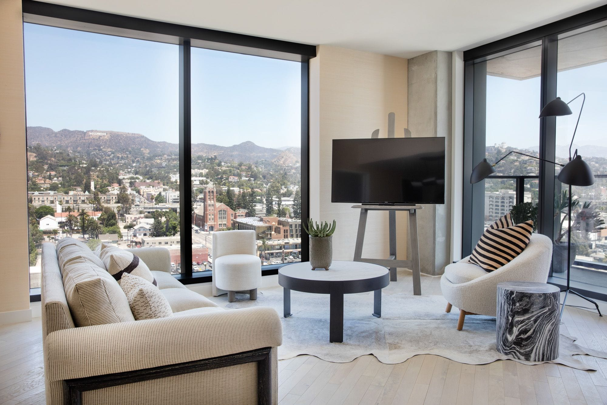 HollywoodProperResidences-furnished