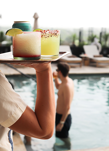 Mexican Hotel Restaurant Opens With Poolside Ceviche and Fajitas Image